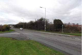 Primary Photo of Maesbury Rd