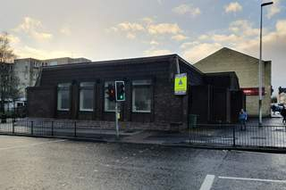 Primary Photo - 53 High St, Johnstone - Shop for rent - 2,078 sq ft