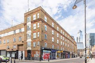 Primary Photo - 34-50 Wentworth St, London - Shop for rent - 247 sq ft