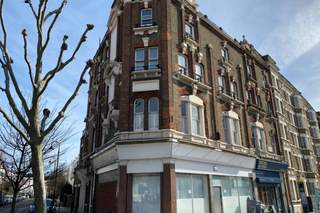 Primary Photo of 120-122 Kentish Town Rd