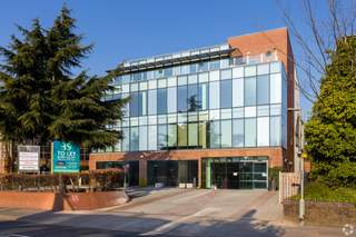 Building Photo - London Court, Reigate - Office for rent - 10,000 sq ft