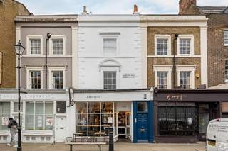 Primary Photo - 102 Islington High St, London - Shop for rent - 700 sq ft