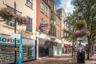 Primary Photo of 6-6A Market Pl, Rugby