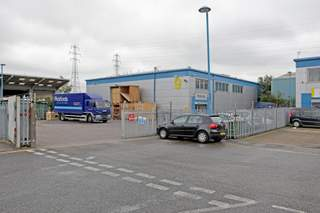 Primary Photo - Unit 9, 59-79 River Rd, Io Centre, Barking - Industrial unit for rent - 1,937 to 13,498 sq ft