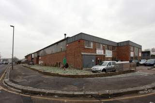Primary Photo - Unit 9, Epsom - Industrial unit for rent - 2,145 sq ft