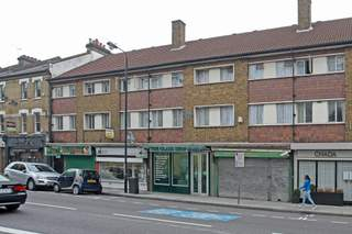 Primary Photo of 214 Battersea Park Rd