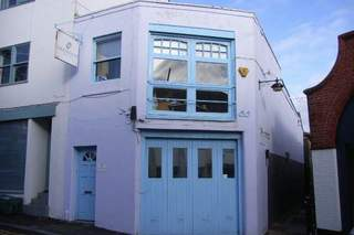 Primary Photo of 85 Gloucester Rd