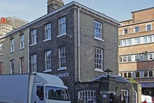 Primary Photo of 13 Upper King St