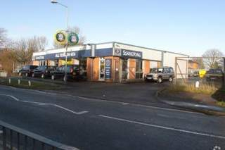 Primary Photo - Car Showroom, Bedworth - Shop for rent - 1,400 sq ft