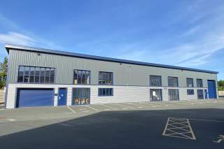 Primary Photo - Park Hall, Oswestry - Industrial unit for rent - 452 to 8,201 sq ft