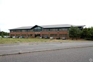 Primary Photo - Hounsdown House, Southampton - Office for rent - 7,005 to 14,210 sq ft