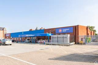 Primary Photo of West Gate Retail Park