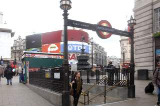 Primary Photo of Piccadilly Circus Station