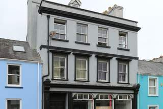 Primary Photo of 10 Meyrick St