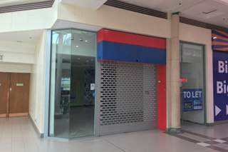 Building Photo for Town Square Shopping Centre