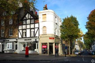 Primary Photo - 22 Hampstead High St, London - Shop for rent - 334 sq ft