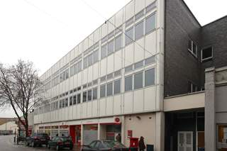 Primary Photo of 11-27 Hythe St