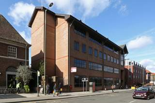 Building Photo - Aquila House, Redhill - Office for rent - 2,507 sq ft