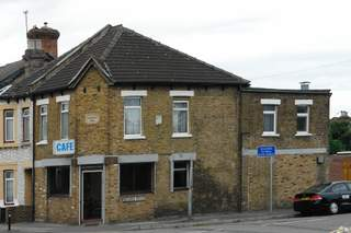 Primary Photo of 121 Cowley Mill Rd