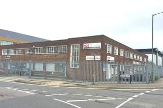 Primary Photo of 9-10 Warwick Rd