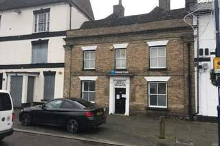 Primary Photo - 8 Market Sq, St Neots - Office for sale - 1,998 sq ft