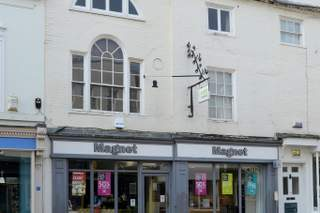 Primary Photo of 58 East St, Chichester