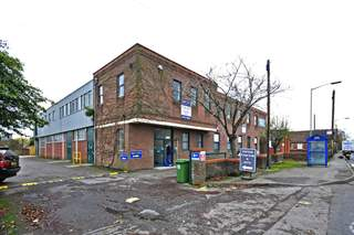 Primary Photo - Bath Road Business Centre, Devizes - Light industrial unit for rent - 492 to 2,130 sq ft