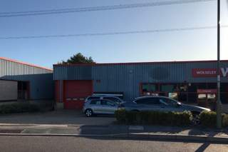 Building Photo - Lakesmere Rd, Waterlooville - Light industrial unit for rent - 3,940 sq ft