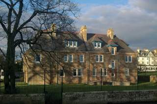Primary Photo of Ross House
