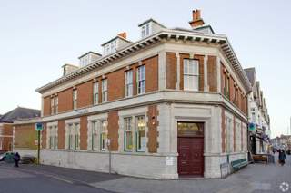 Primary Photo of 2 Southbourne Grove W