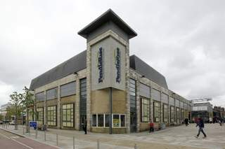 Primary Photo of Pendle Rise Shopping Centre