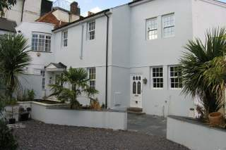 Primary Photo of Guildford Place