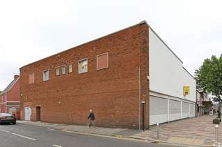 Primary Photo of 1-11 Doncaster Rd