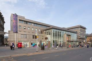 Primary photo of Piazza Shopping Centre