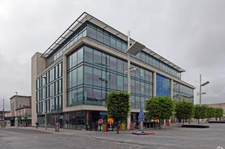 Primary Photo of 1 Guildhall Sq