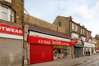 Primary photo of 128-130 High St, London