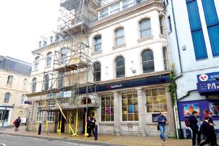 Primary Photo of 135 High St, Ilfracombe