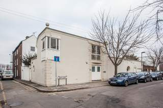 Primary Photo of 1 Terrace Gdns