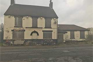 Primary Photo of 96 Lindon Rd