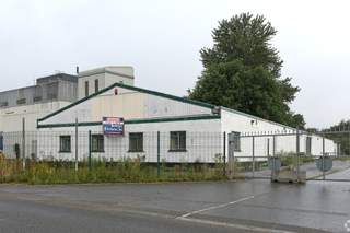 Primary Photo of Retail/Warehouse Premises