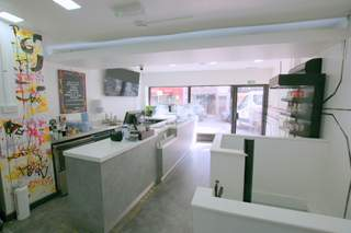 Restaurant with Upper Parts  picture No. 7