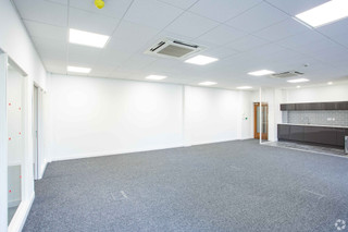 GF Rear Suite - Braebourne House, Bristol - Office for rent - 1,250 to 2,560 sq ft