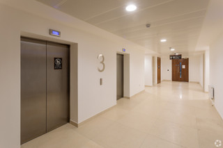 Lobby for 100 Avebury Blvd - 100 Avebury Blvd, Milton Keynes - Co-working space for rent - 50 to 46,598 sq ft