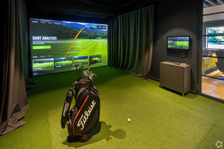 Golf Simulator - Neo House, Aberdeen - Co-working space for rent - 9,000 to 30,000 sq ft