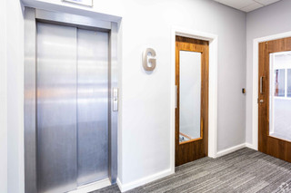 Lift Lobby - Braebourne House, Bristol - Office for rent - 1,250 to 2,560 sq ft