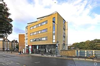 Primary Photo of 129 Pritchards Rd, London