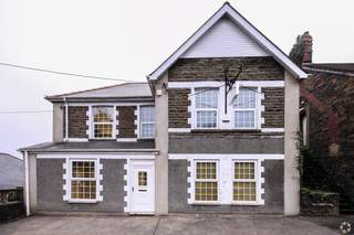 Primary Photo of Commercial House