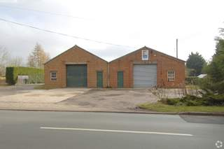 Primary Photo of 2 Bidford Rd, Alcester