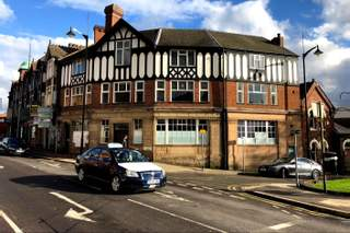 Primary Photo of 2-4 Moorland Rd
