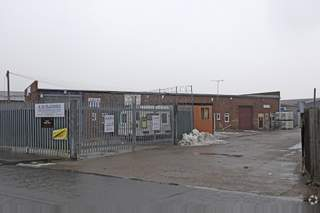 Primary Photo of 1-4 Kings Rd, Canvey Island